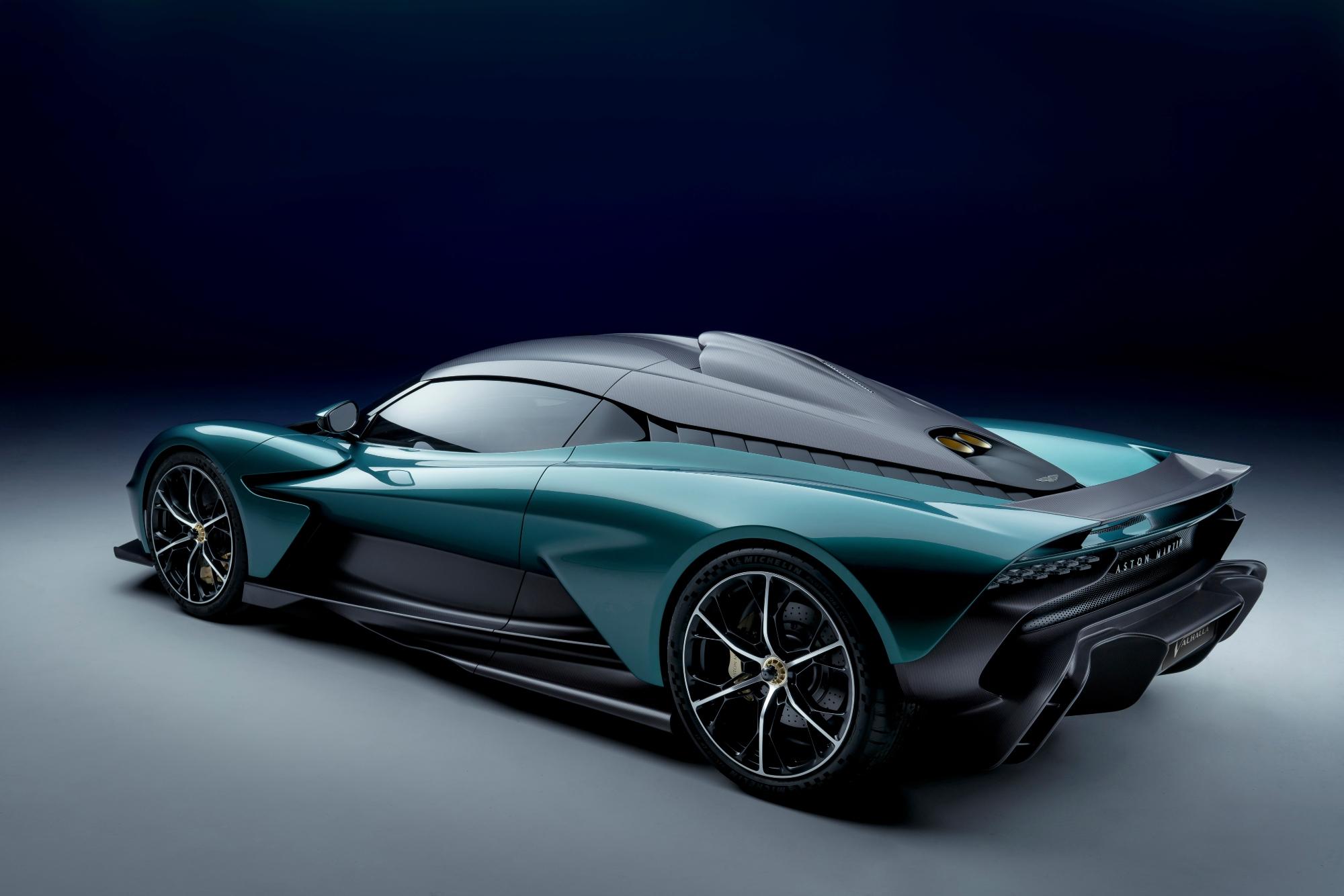 une supercar hybride de 950 ch !