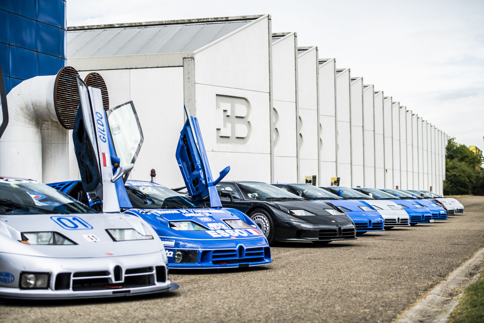 Il y a 30 ans, le monde découvrait la Bugatti EB 110