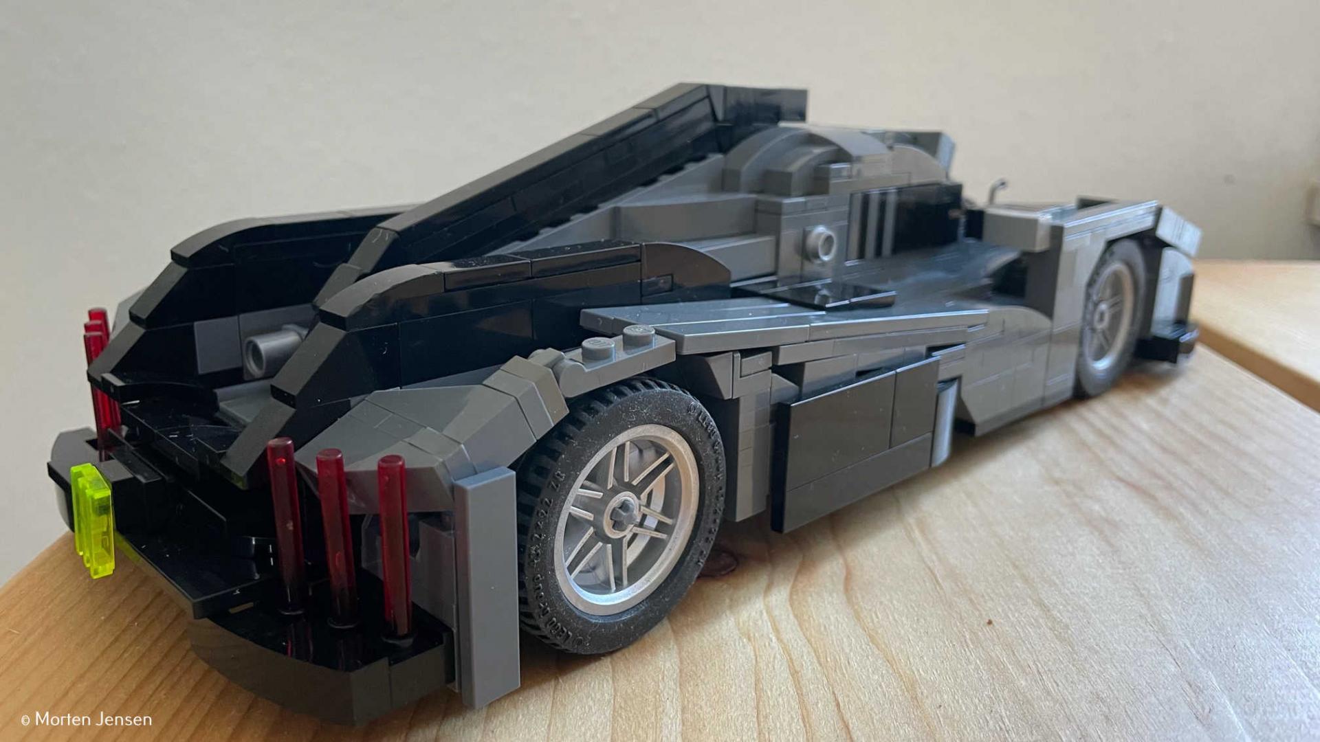 Peugeot 9X8 : un passionné construit l'hypercar en LEGO !